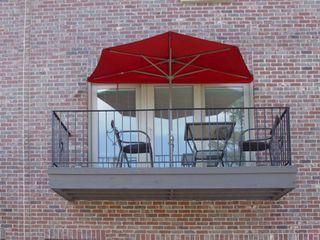 OFF-THE-WALL BRELLA - OTWB - Patio Umbrella - Half Umbrella - Red - Window - 14